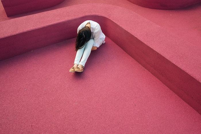 大好きな仕事で鬱になって転職しました。「頑張らなきゃ」と仕事を義務に感じる必要はないです。